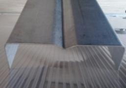 Takelio atskirimas 8 metrų šiltnamiui
