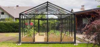 Šiltnamis Ventus 2,36 / 5,60m2 / su 4mm saugiu grūdintu stiklu ir su aliuminio pagrindu