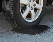 Šaltas asfaltas 25 kg / vnt