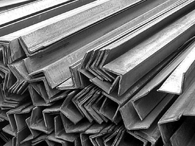Metaliniai Kampuočiai