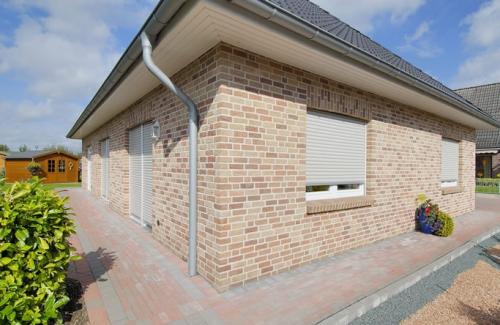 PRESENCE 15 Azalea Vandersanden belgiškas klinkeris Klinkerio plytos kaina