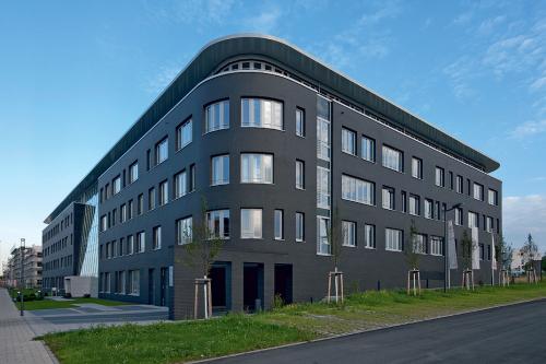 OSLO Perlweiß genarbt ROBEN Tonbaustoffe GmbH OSLO Perlweiß genarbt ROBEN GmbH vokiškas klinkeris Klinkerio plytos kaina